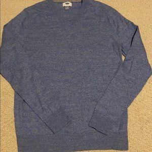 Old navy men's v neck sweater